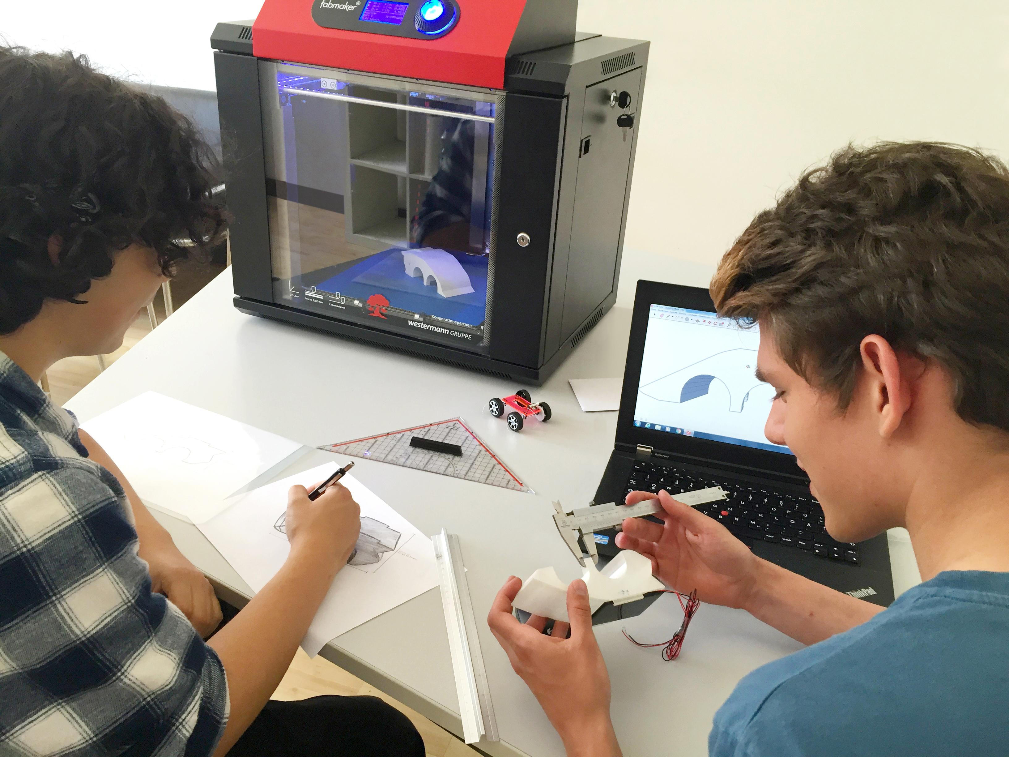 """""""Bildung 4.0 – Mit Hilfe von 3D-Druck auf den Beruf vorbereiten"""""""
