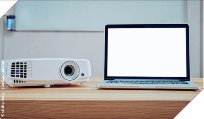 """Digitale Bildung an einer """"Kreidezeit-Schule"""""""