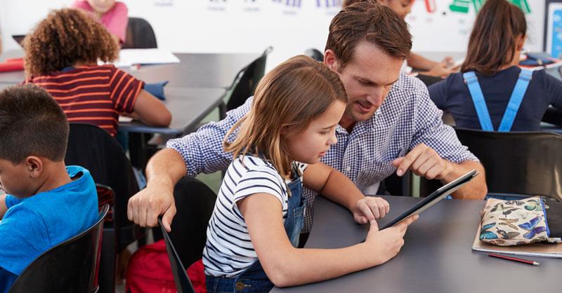 Deutsch- und Matheunterricht in digitaler, interaktiver Lernumgebung